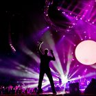 On-Stage-Under-1-Roof-December-10-2011-coldplay-27727479-2560-1678