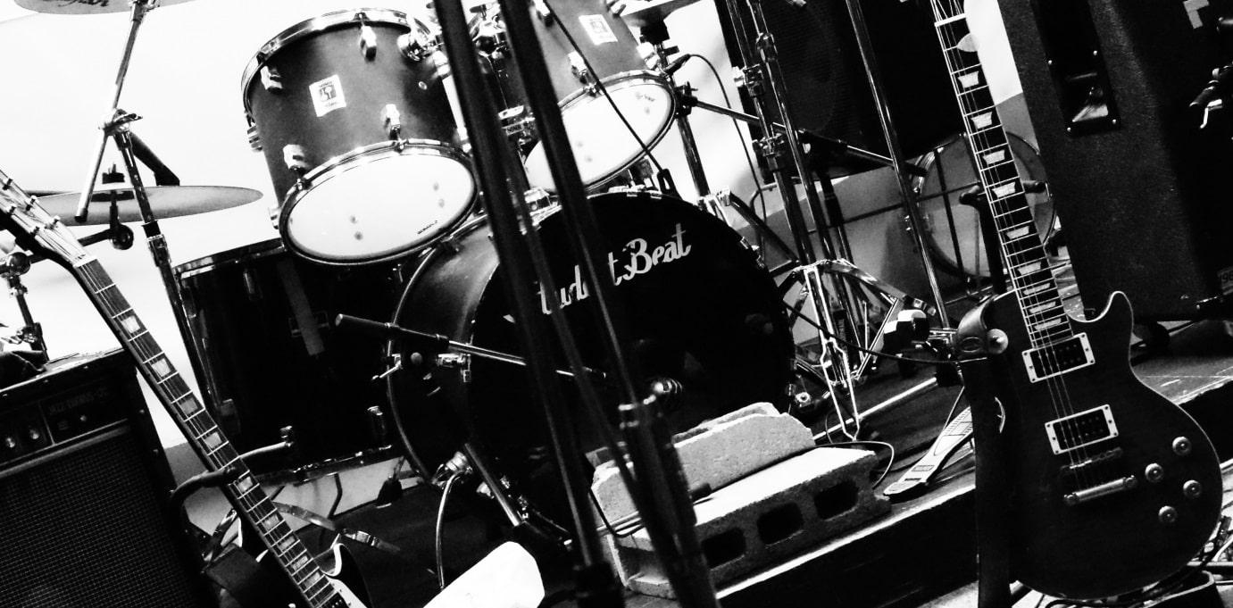 バンドのライブ