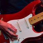 ギターの演奏